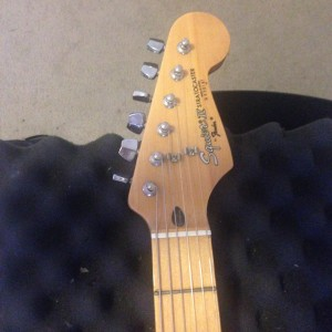 red_strat_headstock